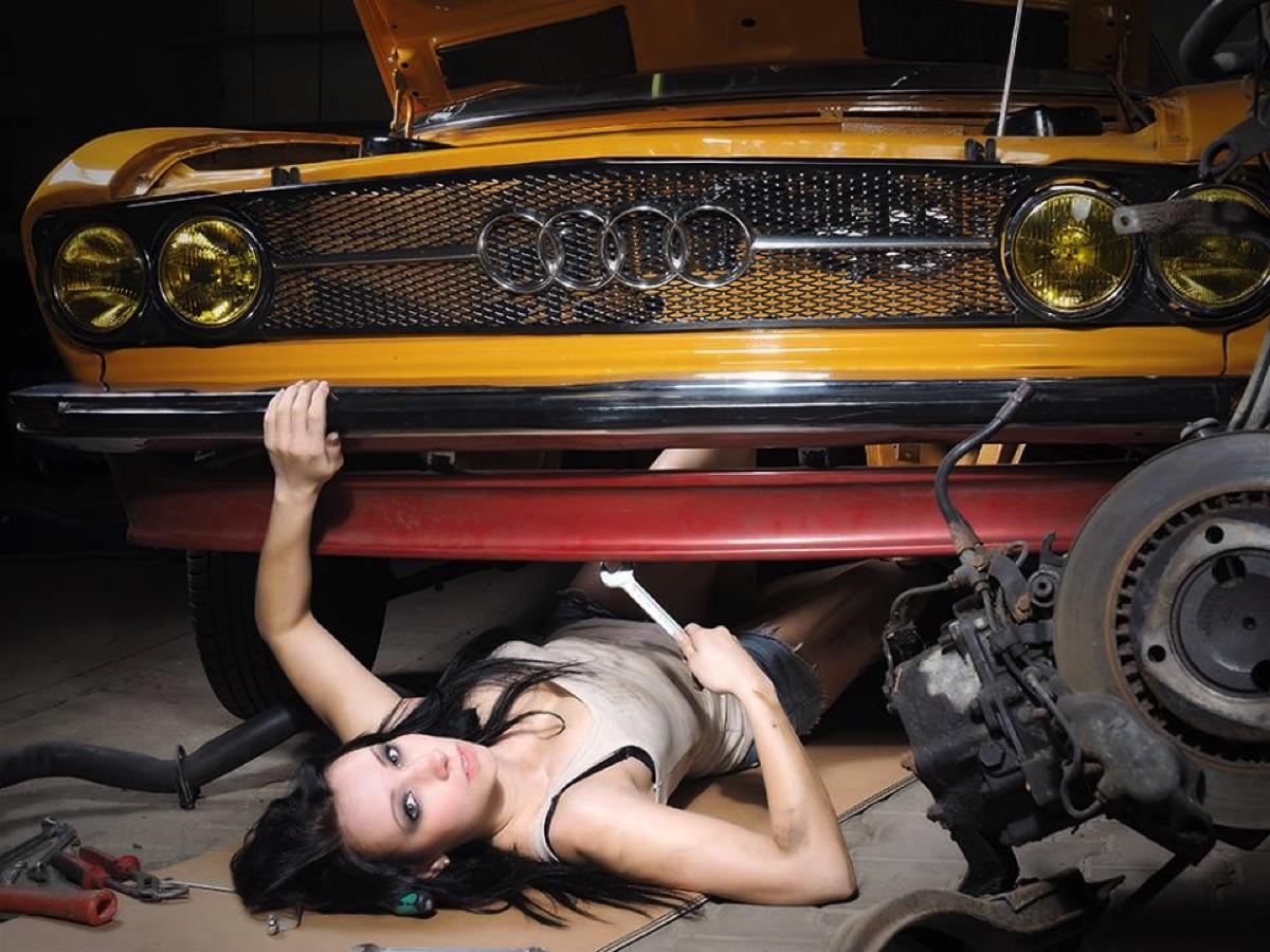 Audi 100 Coupe S Werkstatt 2014 - 3